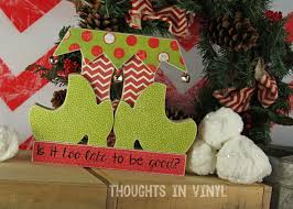 christmas wood crafts thoughts in vinyl