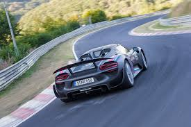porsche 918 spyder porsche 918 spyder hybrid breaks 7 minute record at nurburgring