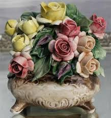capodimonte roses capodimonte porcelain 4 1 4 chest of roses trinket box flowers