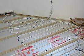 can you install engineered hardwood underfloor heating