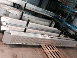 pedana di carico re di carico in alluminio da 2 a 4 5 metri macchineedili it