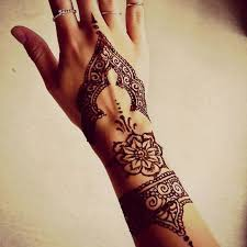 91 best henna tattoos images on pinterest drawing carpets and