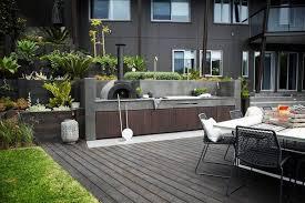 cuisine exterieure beton barbecue cuisine d été quel type choisir et où l installer