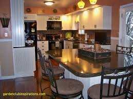 cleaner for kitchen cabinets cleaning kitchen cabinets with vinegar and baking soda how to