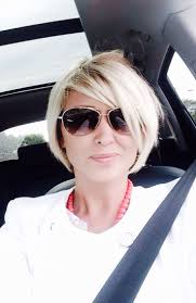 what s a bob hairstyle best 25 mom haircuts ideas on pinterest cute mom haircuts long
