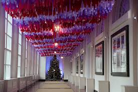 Interior Photos Of Houses Decorated For Christmas Decorating The Obama White House Chicago Tribune