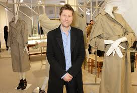 burberry designer burberry christopher bailey chief designer to leave company fortune