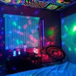 Black Lights For Bedroom Blacklights I Need These And A Disco And Ill Be Set I