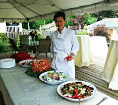 susan u0027s savour it catering fun for a backyard garden wedding