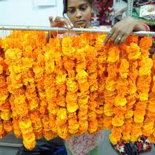 flower garlands for indian weddings indian wedding flower garlands popsugar