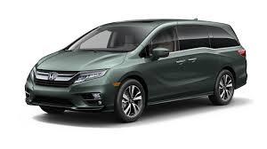 ferrari minivan 2018 honda odyssey video what u0027s new in one of america u0027s