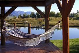 chic hammock hanging ideas 38 lazy day backyard hammock ideas