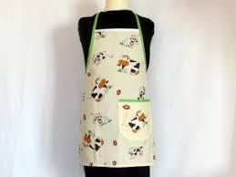 tablier cuisine rigolo tablier de cuisine pour enfant motif petites vaches par du 12