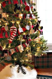 Plant Used As A Christmas Decoration 10 Diy Ways To Use Plaid In Your Christmas Decor U2022 Sweet Parrish Place
