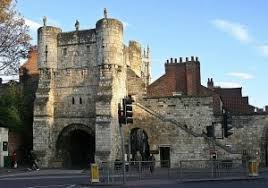 the walls 1250 to 1600 richard iii henry vii experience