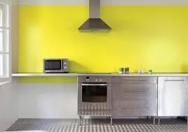 cuisine jaune et grise 100 idees de cuisine mur jaune