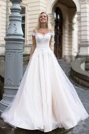 robe de mari e l gante robe de mariée dentelle élégante irrésistible mode