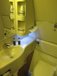 777 Best Architecture Bathroom Images by Review Tam First Class 777 300er Sao Paulo To New York One Mile