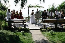 Outside Weddings Outside Wedding Over Lake Michigan Picture Of Michillinda Lodge