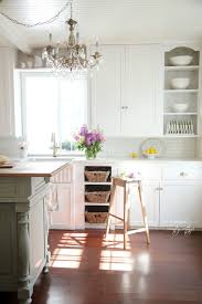 fall in love with this vintage kitchen refresh
