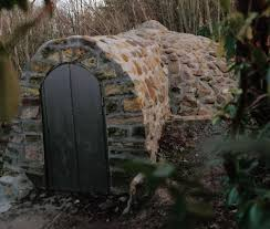 file the old ice house in 1985 jpg wikimedia commons