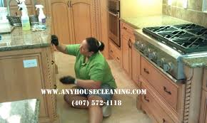kitchen cabinet cleaning service on 2808x1872 degreasing and