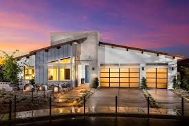 designing model homes with hgtv u0027s bobby berk design campus