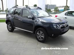 renault duster white renault duster 2015 2016 launched in uae with 4 4 automatic