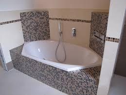 piastrelle e pavimenti prodotti piastrelle in gres porcellanato mosaici ciottoli in