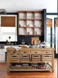 cuisine en palette bois cuisine ilot de cuisine central cuisine rustique ilot en bois de
