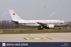 Karlsruhe Baden Baden 60 Jahre Nato Regierungsmaschine Airbus Die Ankunft Der