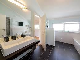 Schlafzimmer Und Badezimmer Kombiniert Schlafzimmer Mit Badezimmer Bezaubernde On Moderne Deko Idee Mit