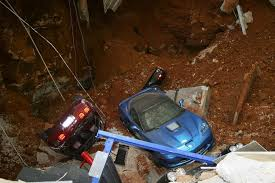 corvette museum collapse sinkhole collapses at national corvette museum eight corvettes