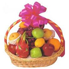 chagne gift baskets apples grap lemons oranges and so on fruit basket