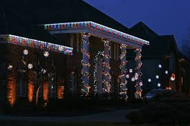 Outdoor Garland With Lights by Holiday Lighting Gallery Personal Touch Landscape U0026 Gardening
