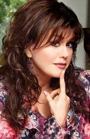 marie osmond hairstyles feathered layers love the way marie osmond s hair is in this photo so very