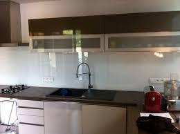 cuisine en verre credence de cuisine en verre maison design bahbe com