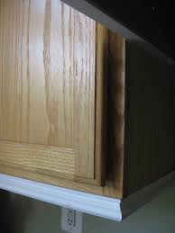 Moulding For Kitchen Cabinets Remodelando La Casa Adding Moldings To Your Kitchen Cabinets With