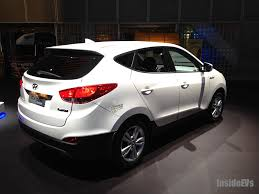hyundai tucson price 2013 hyundai to slash price of fuel cell tucson to compete with toyota