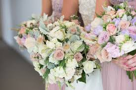 wedding flowers images free wedding flowers bouquet roses free photo on pixabay