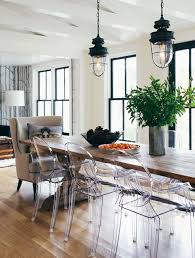 5 reasons why plastic is the new chic dining room chairs