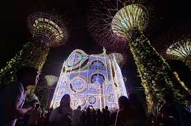 Christmas Decorations In Garden by Christmas Lights Singapore Dresses Up Its Malls And Streets For