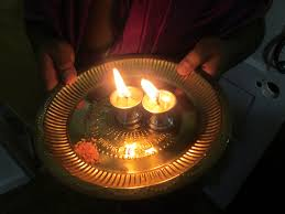 Small Lamps The Aarti In Hinduism Small Lamps And Travel Advice