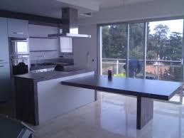 cuisine avec ilo ilot central cuisine table inspirations avec beau cuisine ilot table
