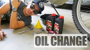 yamaha xt250 oil change and oil filter replacement youtube