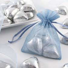 small favor bags foil wrapped chocolate hearts favor wedding favors