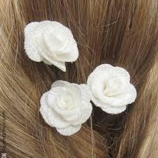 fleurs blanches mariage pic fleur blanche pour coiffure de mariée chignon de mariage