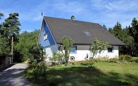 Haus Und Haus Immobilien Sommerbilder Aussen 1 Schweden Immobilien Online
