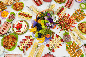 table full of food catering wedding date in italy