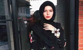 Vivi Zubedi New siapa vivi zubedi membawa busana muslim indonesia ke fashion dunia